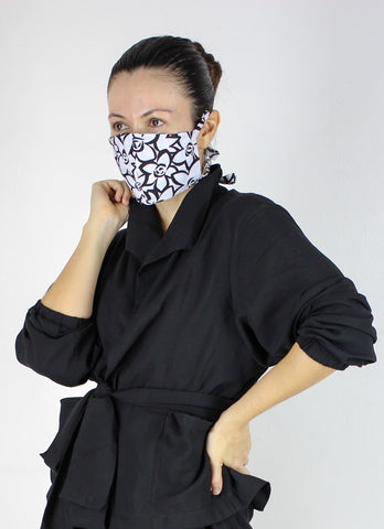 SOLD OUT FF Face Mask in Black & White Floral