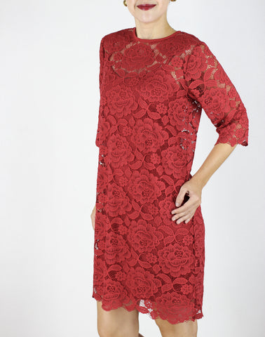 Antonia Lace Dress in Red