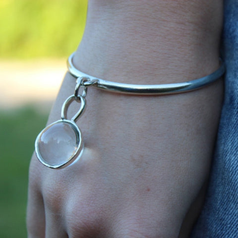 Sphere quartz cuff