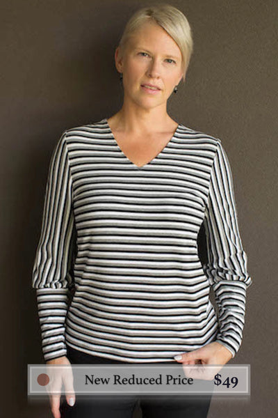 Christie : T-Shirt in Black-Grey-Ivory Stripes