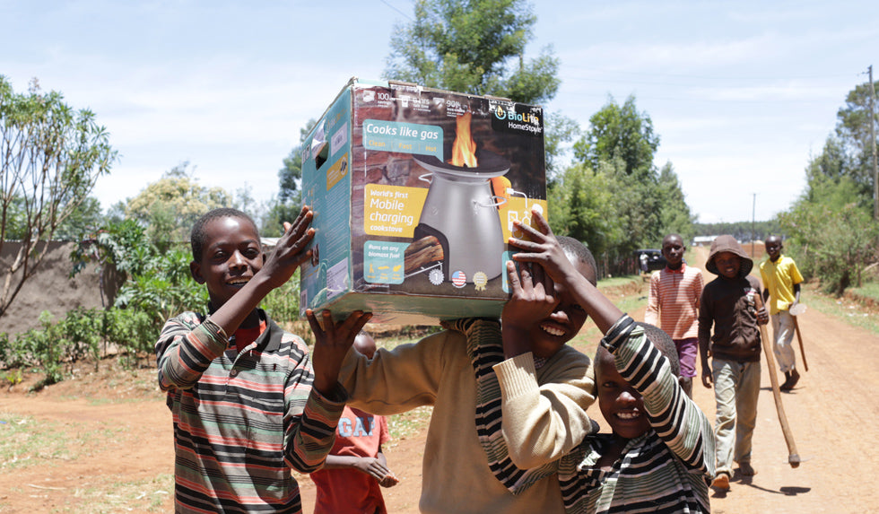 Distributing HomeStove in Bungoma, Kenya