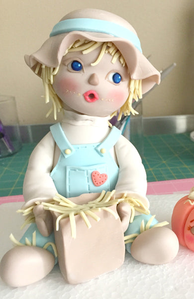 Making a Scarecrow with Innovative Sugarworks Sugar Shapers