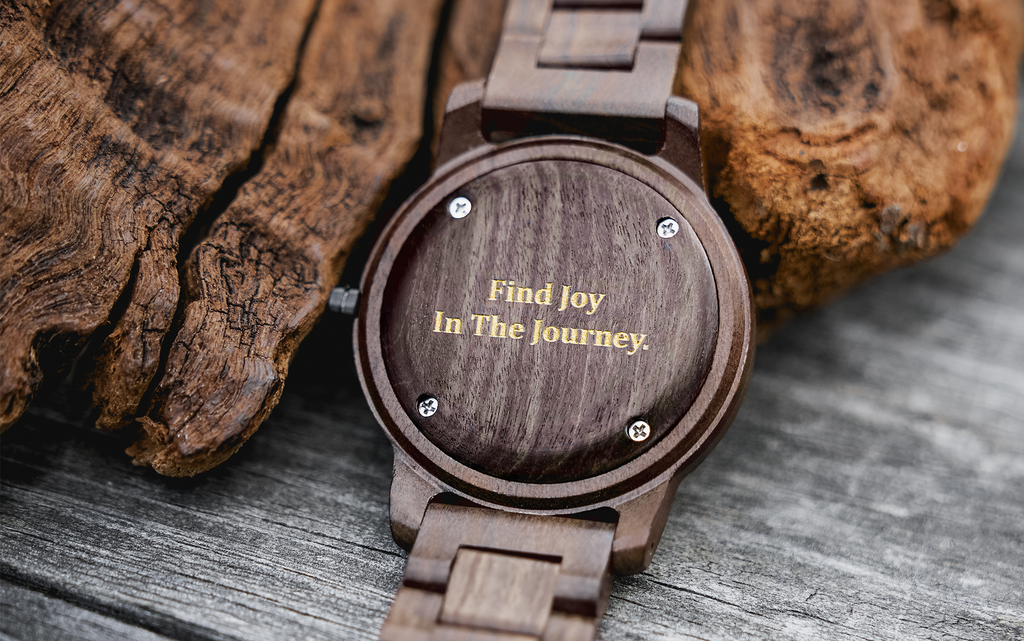 Selecting An Engraving for Your Wooden Watch