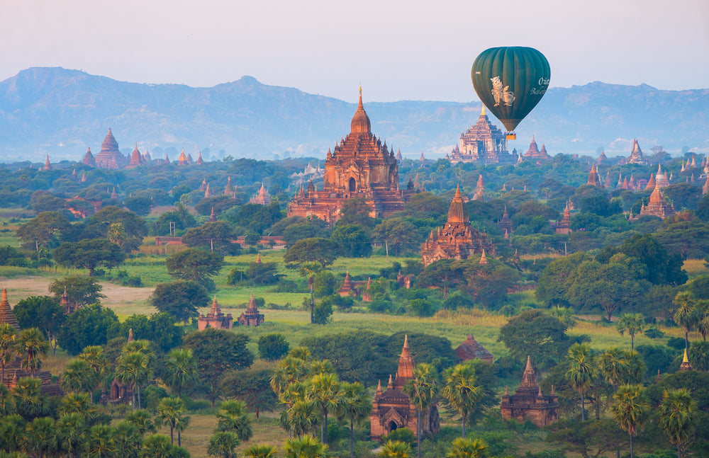 BAGAN, MYANMAR hot air balloon rides