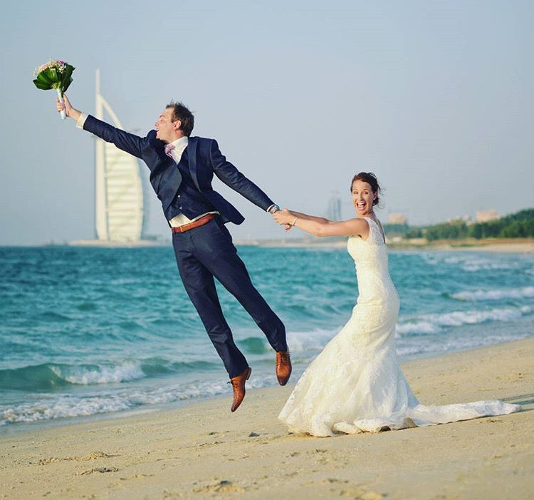 hilarious bride and groom wedding photos