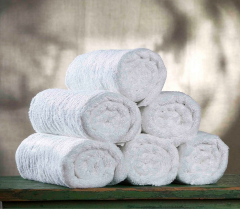 rolled washcloths outdoor wedding