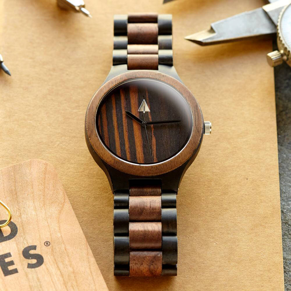 Classic Black Stainless Walnut Chase