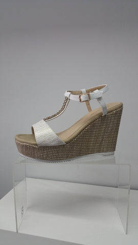 Cool and Chic Wedge In Cream With Gold Detail