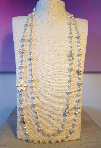 Classic CC Inspired Pearl No 5 Statement Necklace