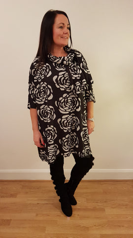 Oversized Tunic Top With Tie Detail In Black And White