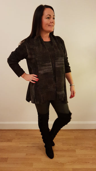 Cool Print Tunic With Matching Scarve In Black