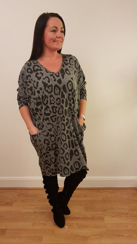 Oversized Tunic Top/Dress With Large Leopard Print In Silver Grey