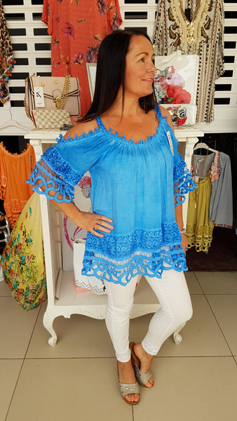 Pretty Daisy Cold Shoulder Top In Cobalt