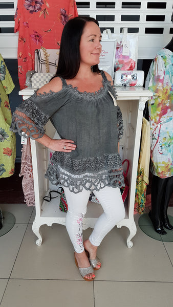 Pretty Daisy Cold Shoulder Top In Charcoal Grey