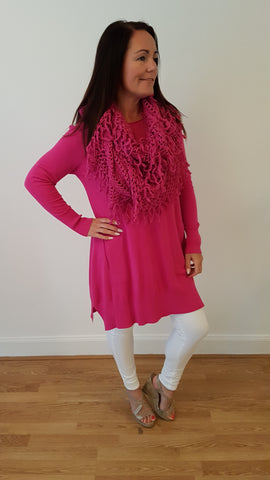 Elegant Jumper With Matching Funky Scarf in Hot Pink