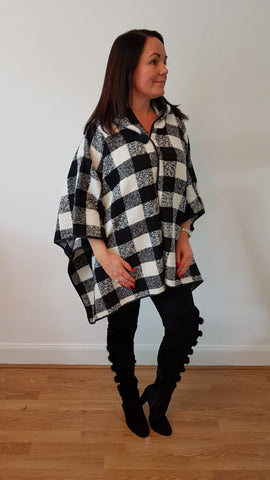Classy Large Checked Cape
