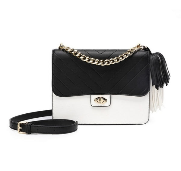 Black & White Quilted Fringe Top Handle Bag With Center lock - 27780