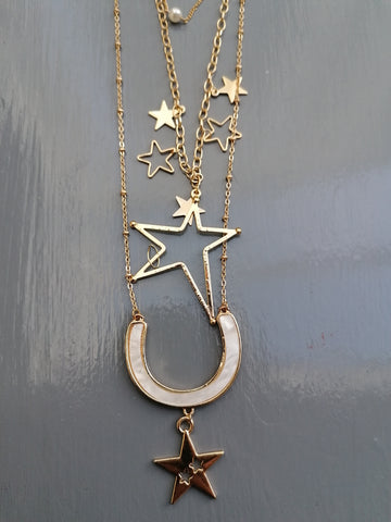 Stunning Star Necklace In Gold