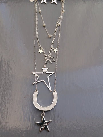 Stunning Star Necklace In Silver