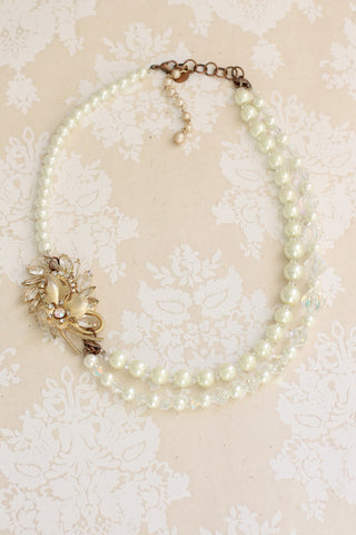 pearl vintage style necklace one of a kind ONCE UPON A TIME