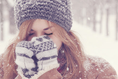 Acne during Winter: How to Flare ups under Control this Festive Season