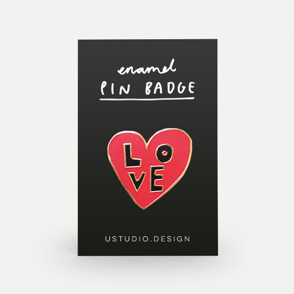 'LOVE' Enamel Pin Badge *NEW*