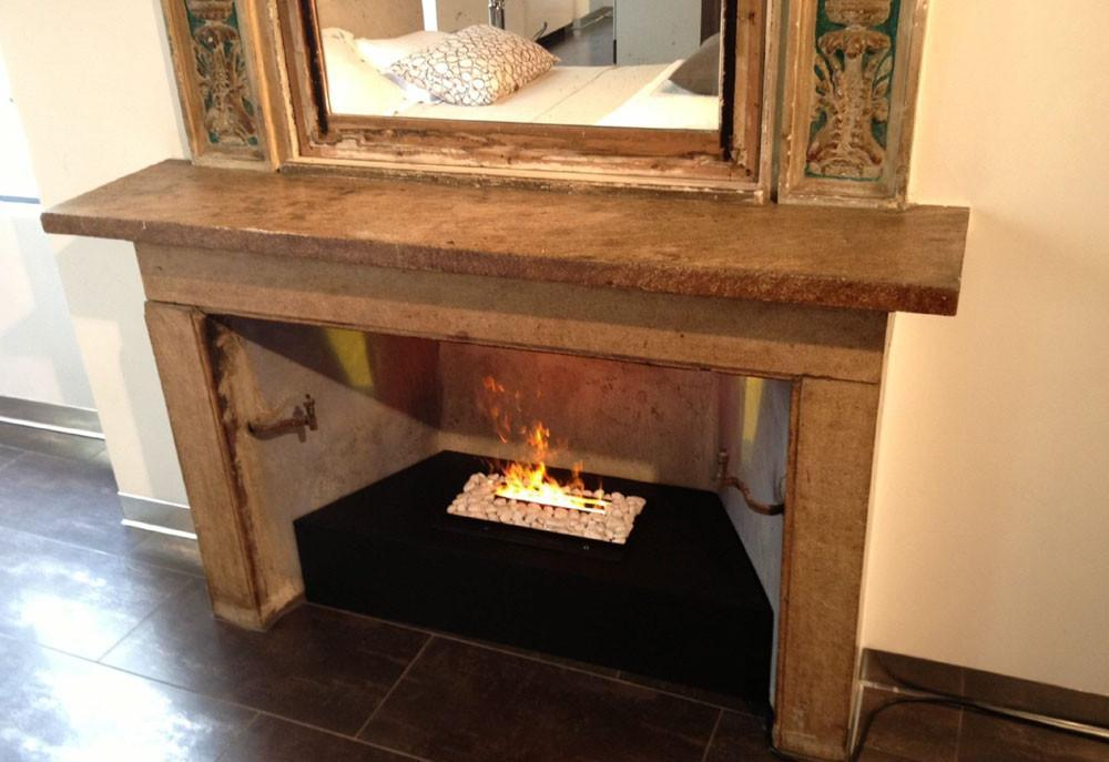 Dimplex Opti-Myst DFI400RH Inserted into an Existing Fireplace