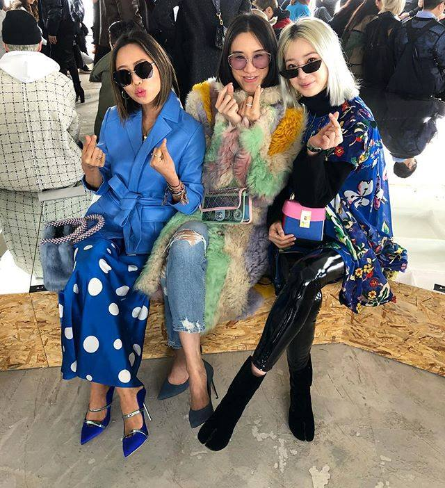 EVA CHEN WEARS FOR ART'S SAKE DESIGNER SUNGLASSES CAT PURPLE AT PARIS FASHION WEEK WITH AIMEE SONG WEARING ICY BLACK AND IRENE KIM
