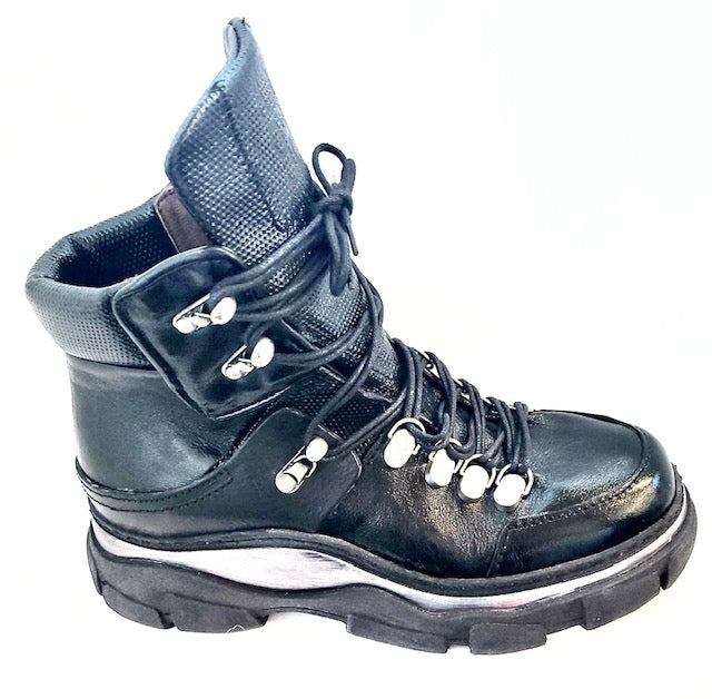 AS98 Black Hiker boot