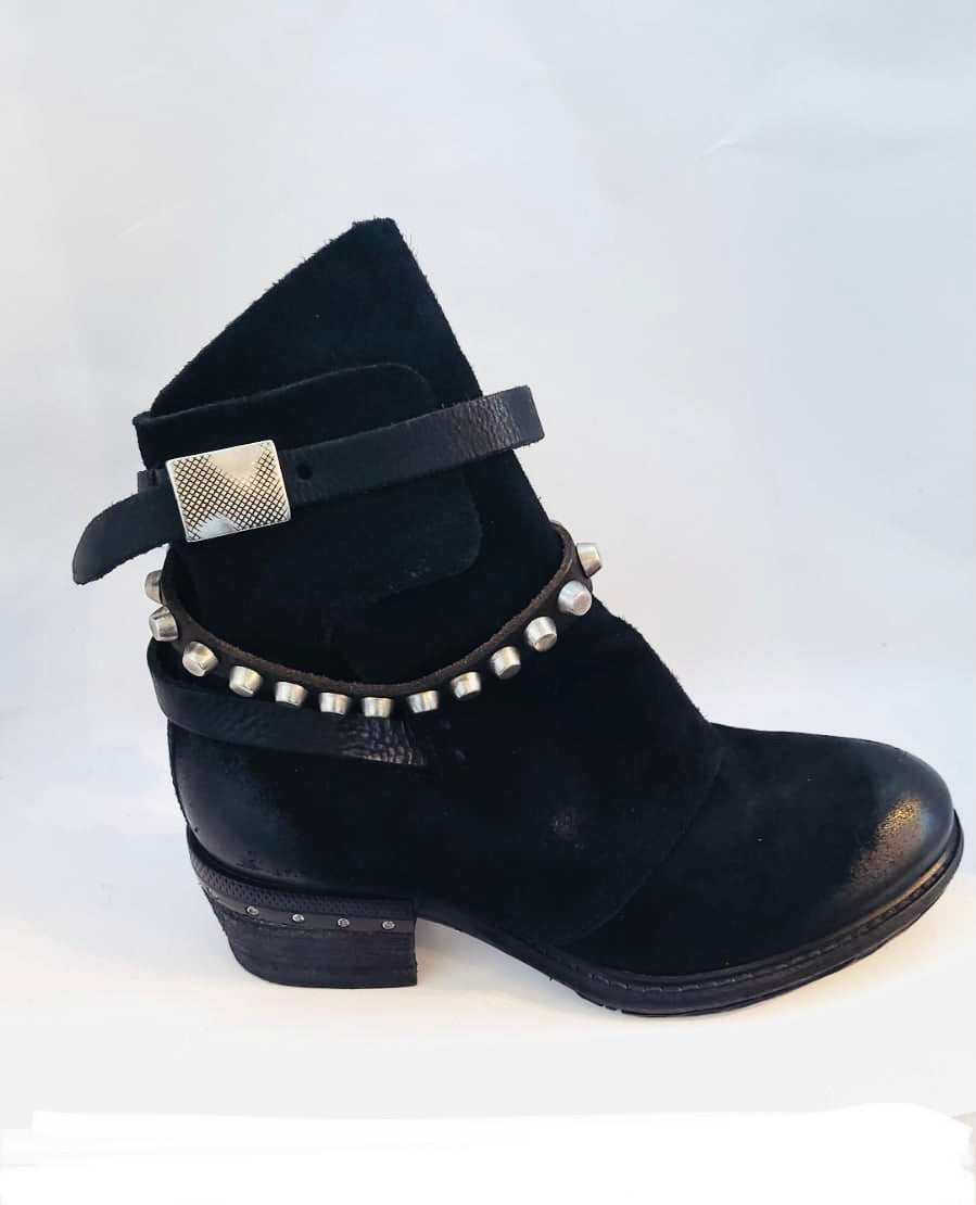 AS98 Black stud boot suede distressed