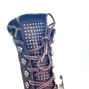 As98 Burgundy camo Boot Black pearl/Studded