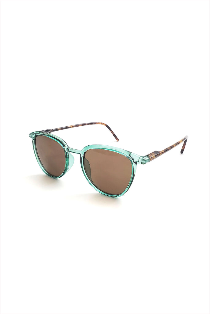 Ciqi Curtis Green With Green Sunglasses