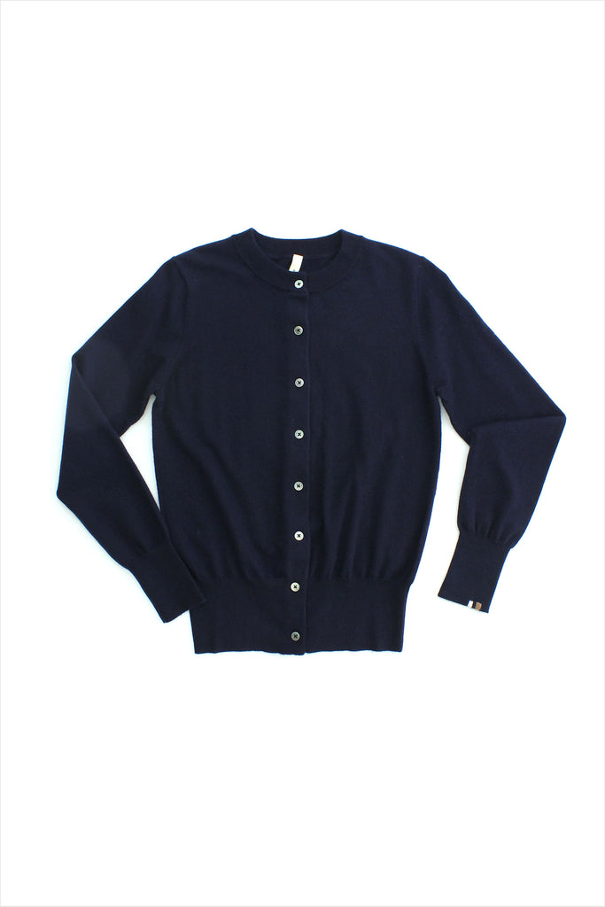 Extreme Cashmere n°94 Little Cardigan Navy