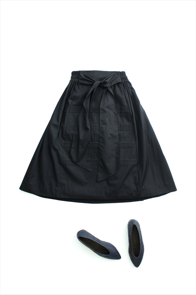 F&H Anastasia Pintuck Skirt Black