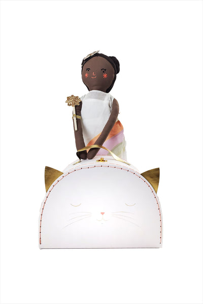 Mia Rainbow Doll & Cat Case Wardrobe Pack