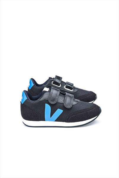 Veja Arcade Small Black Swedish Blue