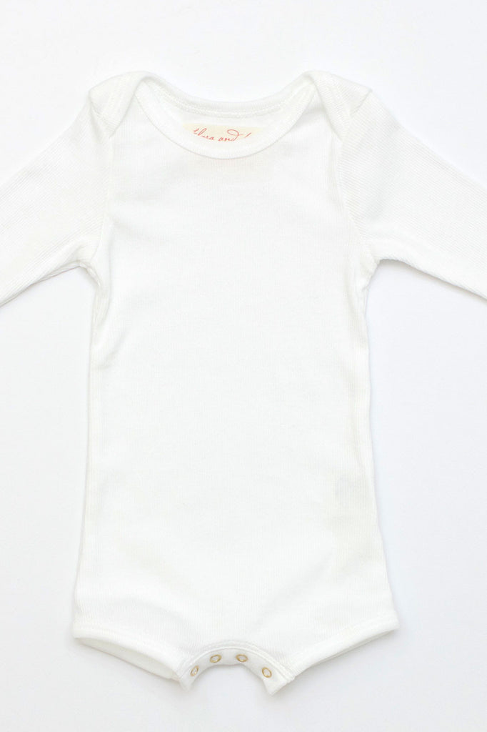 Long Sleeve Crawler w/ Snaps white