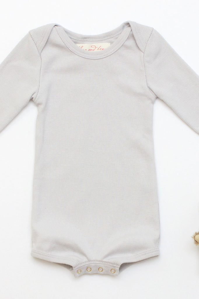 Long Sleeve Crawler w/ Snaps Pale Gray