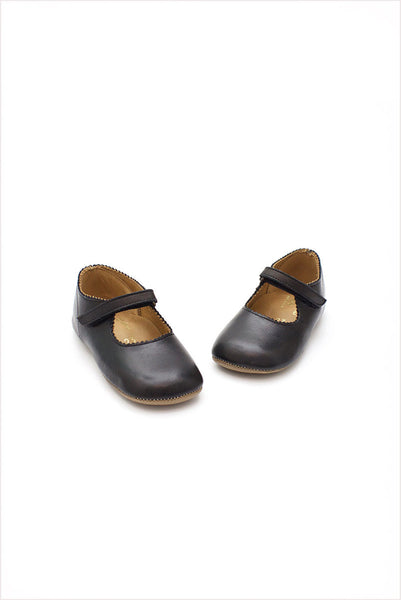 Scalloped Frances Flat