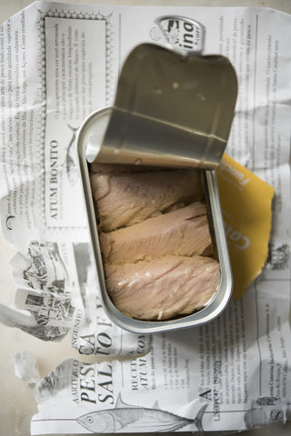 Tuna fillet tin