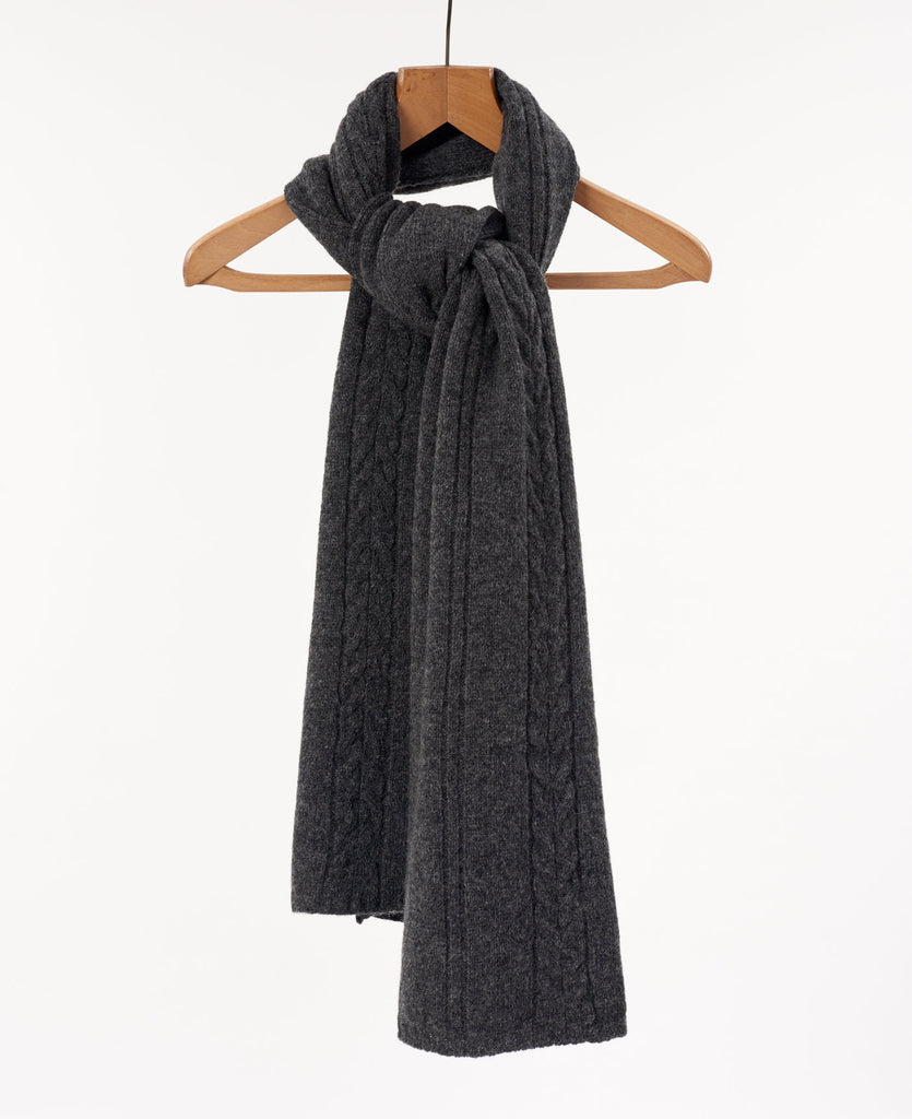 Lambswool Cable Knit Scarf