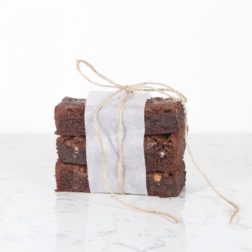 Salted Caramelised Pecan Brownie (8)