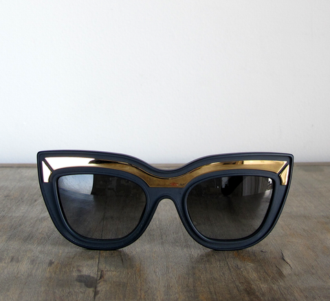 Introducing the Marmont frame!  Available in limited edition matt black ... click for more information