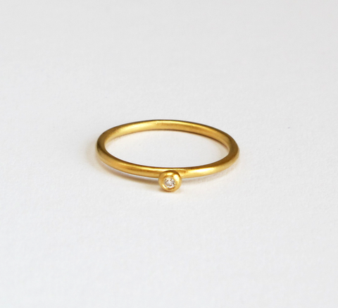 A simple Princess ring, the Petite design has a gold band and setting th... click for more information