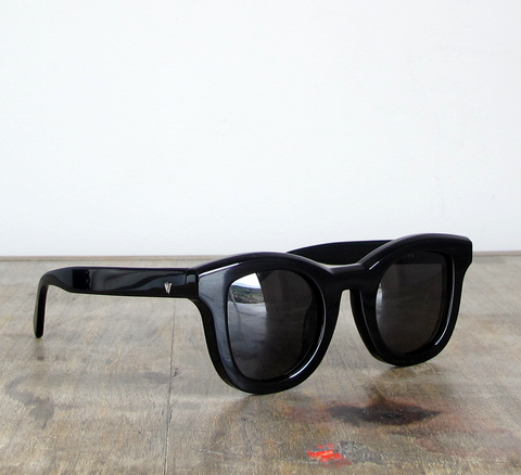 Introducing the Wolfgang frame!  Available in black gloss with a full bl... click for more information