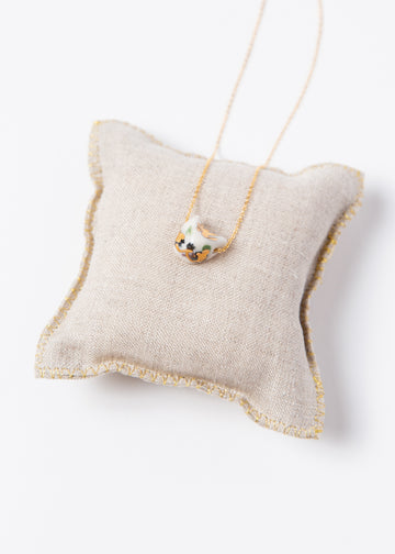 Gatto Pendant - White/ Gold