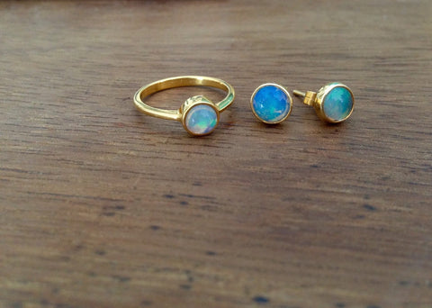 Opal Solo Ring and Stud Earring set
