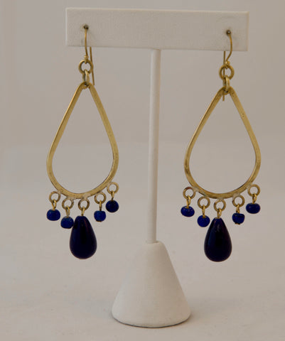Dangle teardrop earring