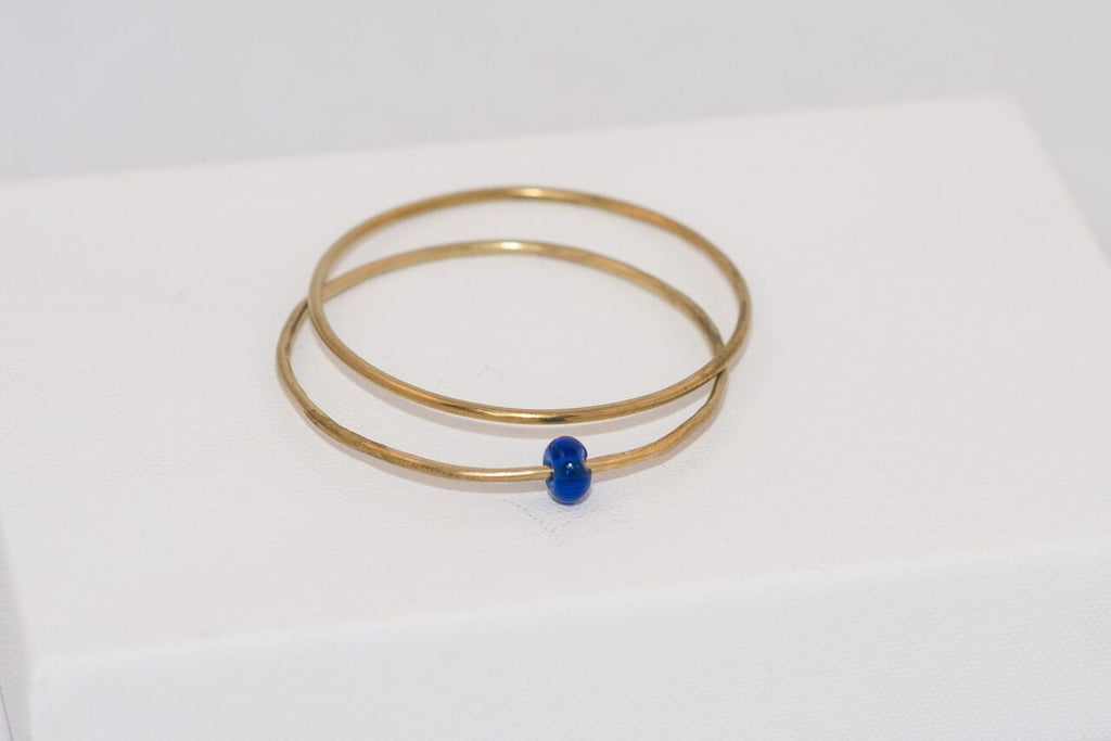 Bangle set with glass bead