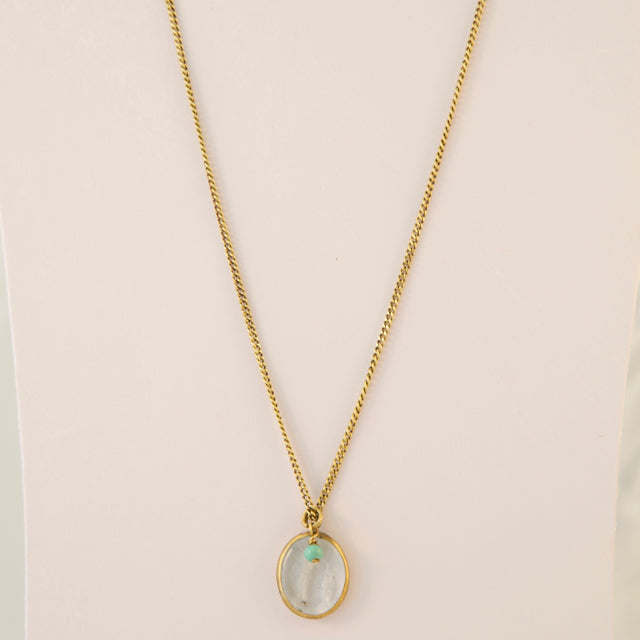 Clear glass short necklace